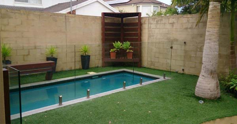 If Your Pool Fence Is Damaged, It Must Be Repaired or Replaced